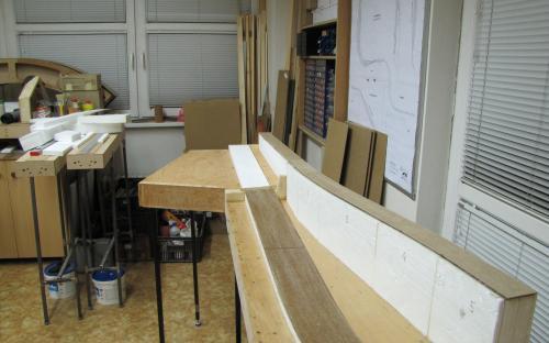Výroba dílu Tr02-02 - stavba základu tratí