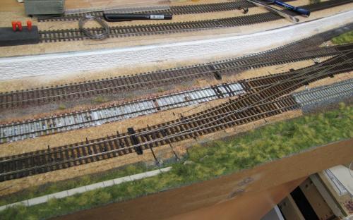 2913 - Rekonstrukce zhlaví u depa  - lepení poslední koleje (A.T.)