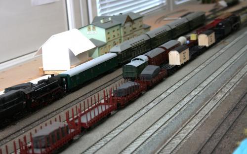 Běžná situace ve Světlé, bývá tam ale ještě o jeden vlak víc