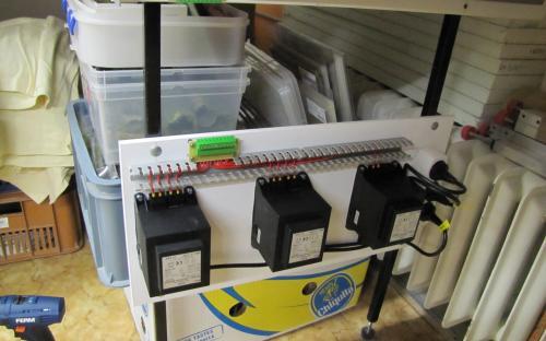 Detail napájecích transformátorů pro trakční zdroje SPAX