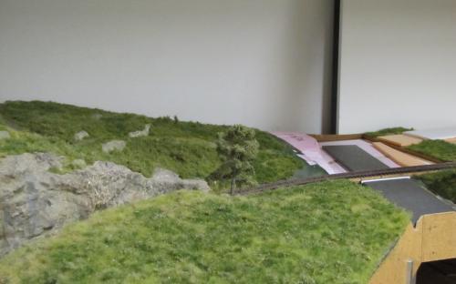 Oblouk trati u Ledče s přejezdem ve výstavbě