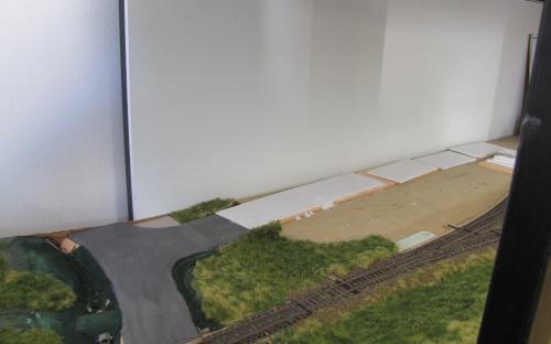 Dlážděná silnice v Ledči ve stavbě