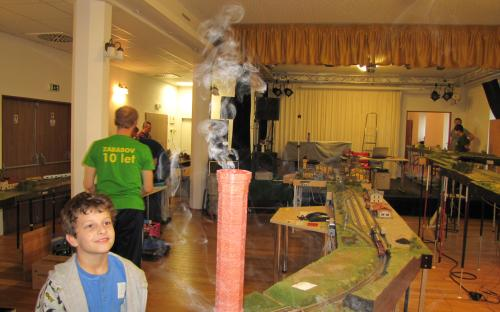 Jé ono se kouří i z tohle komína! - areál Setuza