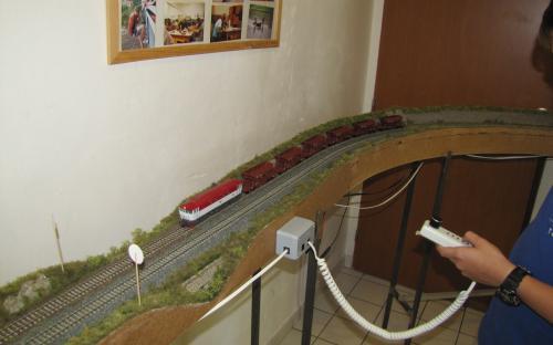 ... vlak je již na trati Světlá - Brod ...