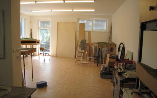 Pohled ze staré do nové části pracovny našeho KŽM